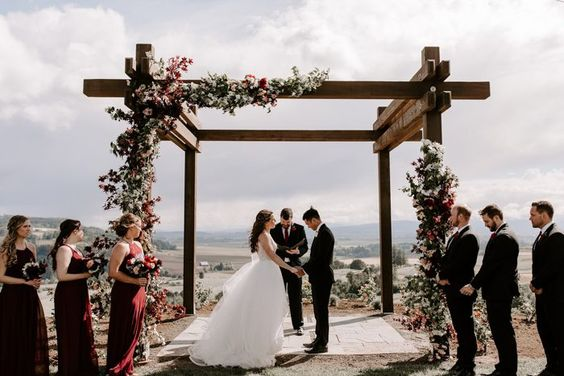 52 Rustic Wedding Decoration Ideas for Creating a Rustic-Style Wedding