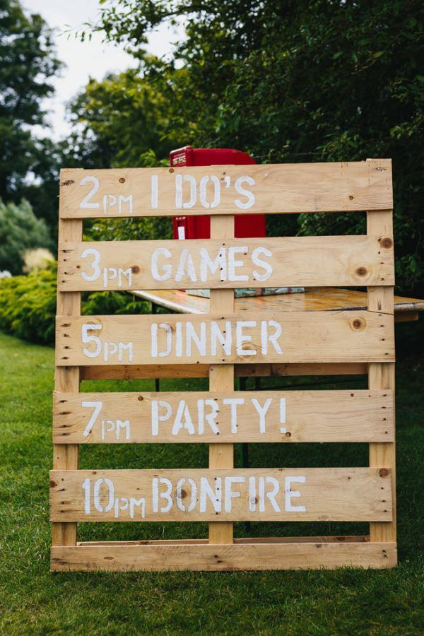 Wooden Pallet Wedding Ideas For Your Big Day