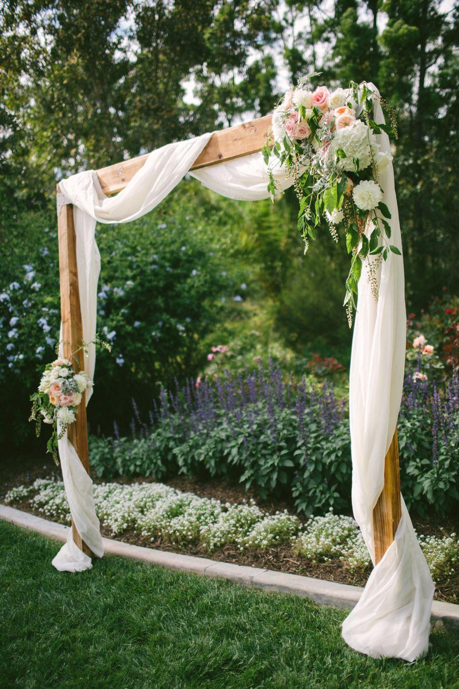 30 Rustic Wedding Arch Ideas For Every Wedding 2019 – Trendy Wedding Ideas  Blog
